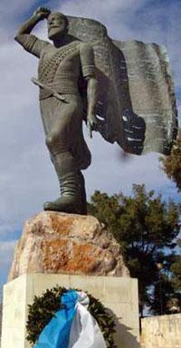 kayales-statue